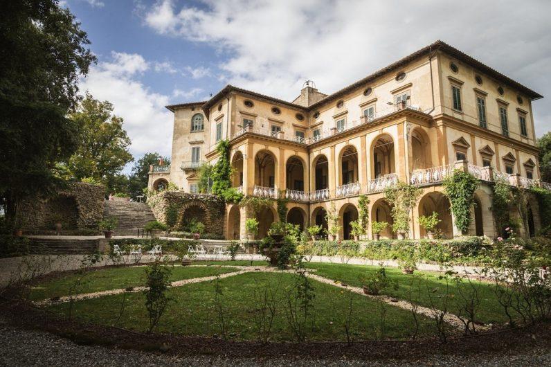Giardinia Pietrasanta Orario : La toscana celebra le dimore storiche cortili e giardini aperti al