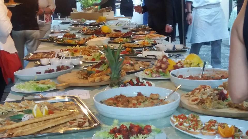 Buona cucina e beneficenza per l'evento nell'ex Collegio Colombo