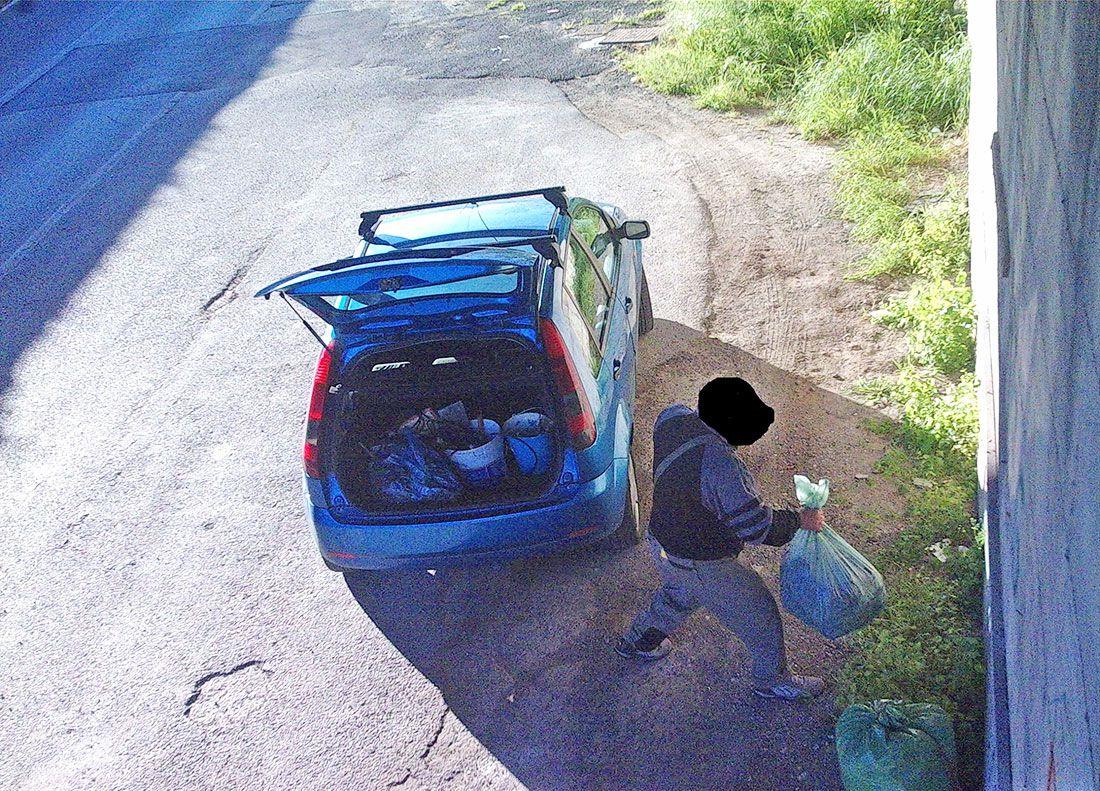 Multati 20 incivili furbetti dei rifiuti grazie alle telecamere