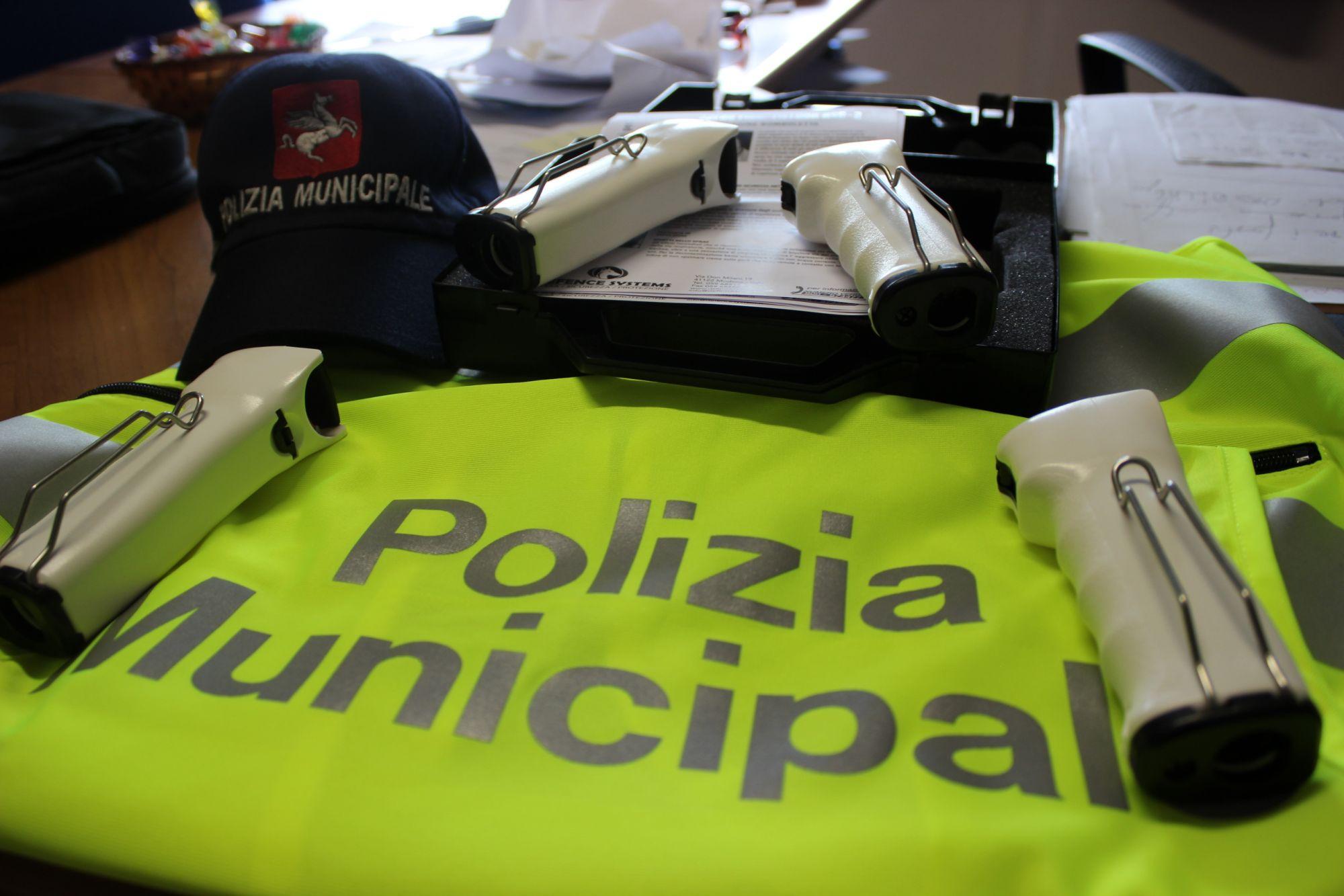 Agenti municipali, il bando per Camaiore e Pietrasanta
