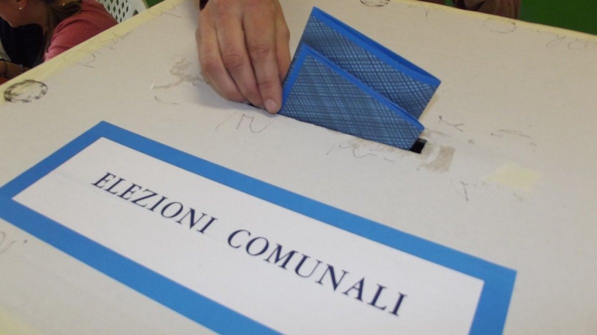 Elezioni Pietrasanta, i dati sull'affluenza alle ore 12