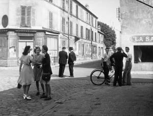 Robert Doisneau Dimanche-matin, Arcueil Cachan 1945