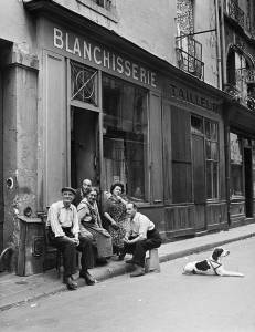 Robert Doisneau La famille du blanchisseur, 1949
