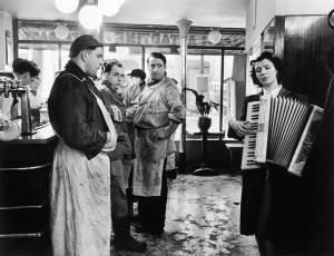 Robert Doisneau Les bouchers melomanes, Paris 1953