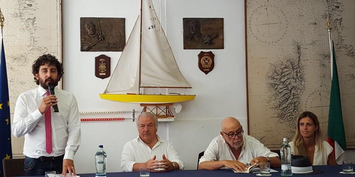 Vernissage d'eccezione per la mostra di Franz Furrer al Club Nautico