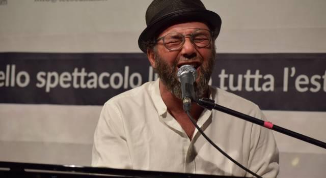 Successo di pubblico per Paolo Vallesi a Lido di Camaiore