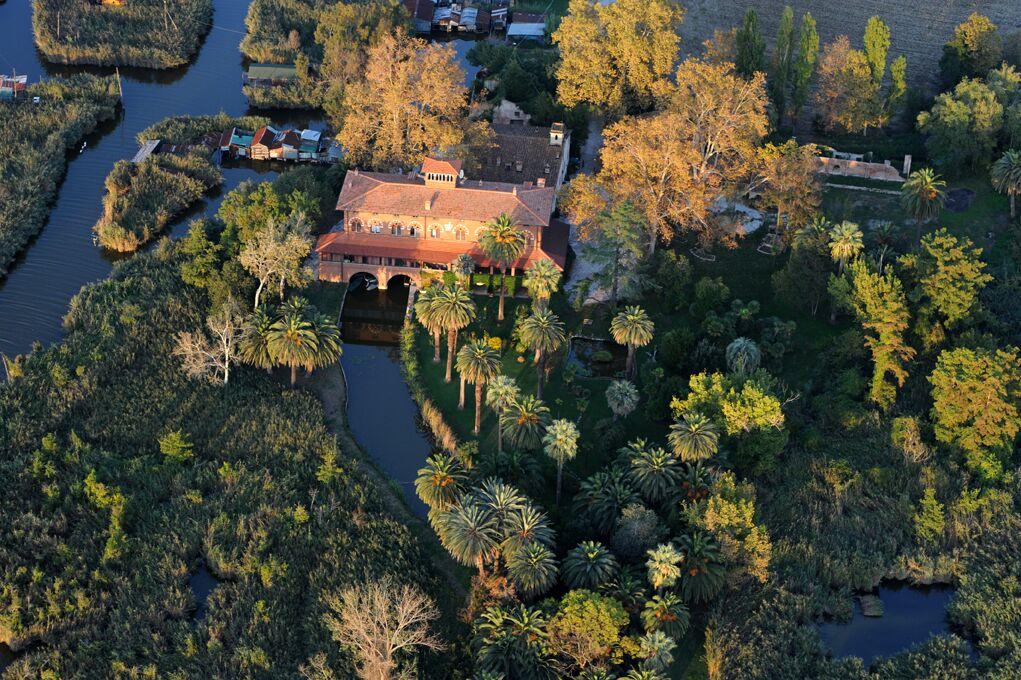 Dal Royal a Puccini e il suo lago,  incontro alla scoperta delle Ville della Versilia