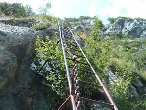 scaletta della ferrata monte procinto