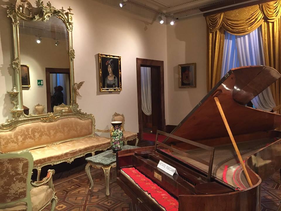 Sala principale Villa Borbone Viareggio