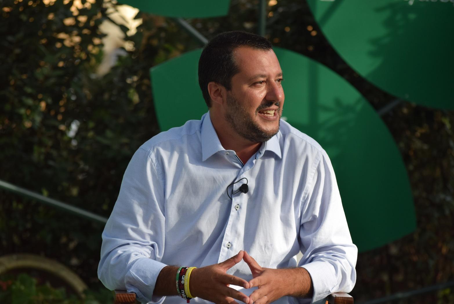 """Matteo Salvini irrita la Procura: aveva anticipato gli arresti: """"per loro la pacchia è finita"""""""