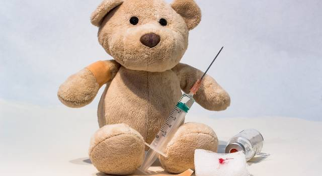 Obbligo vaccinale, da domani niente asilo per i bimbi senza il certificato