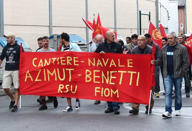 Azimut Benetti Viareggio corteo