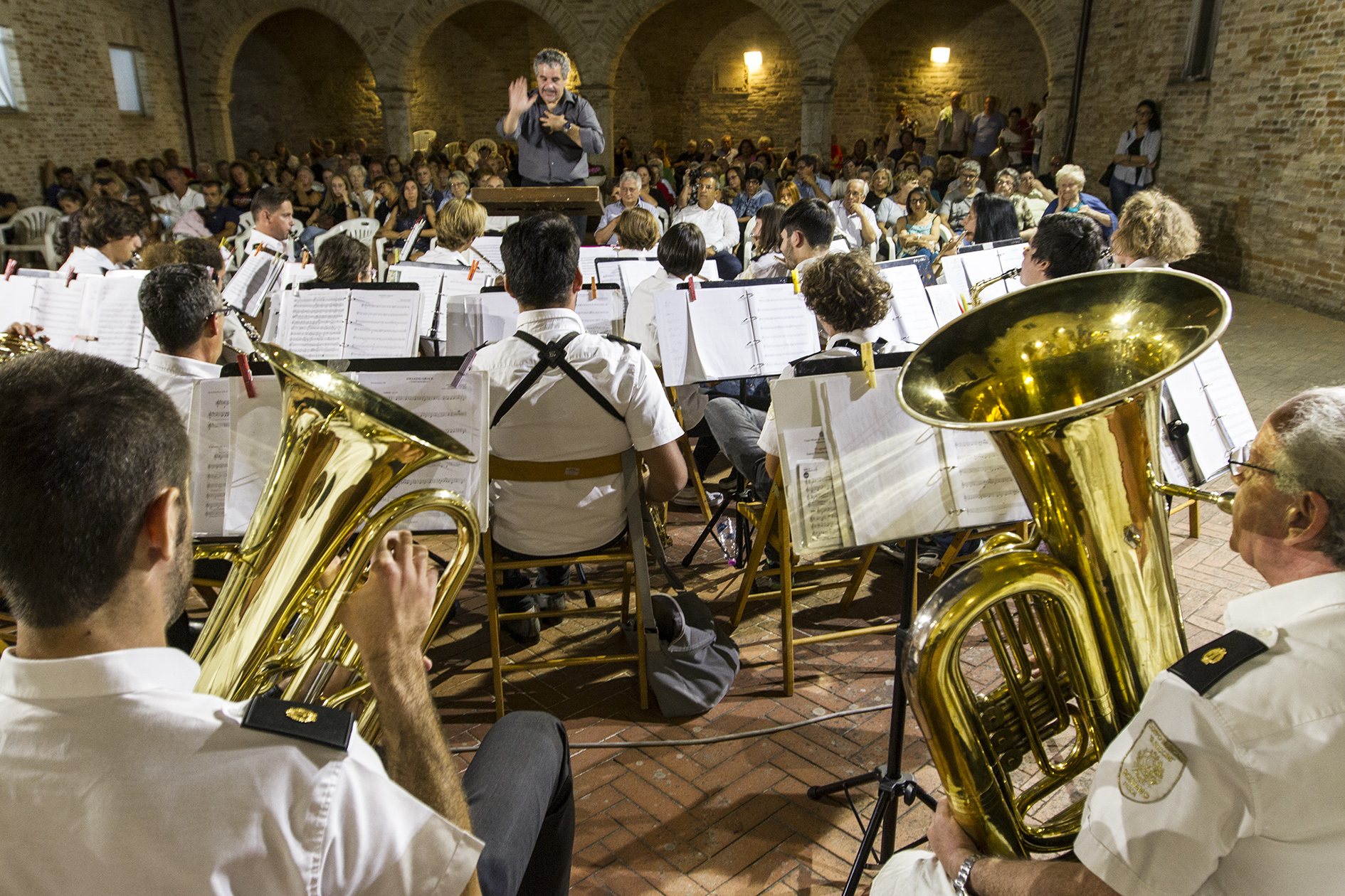 Corpo Musicale G.Puccini di Bozzano, tra Volontariato e generosità ospite nella Marche