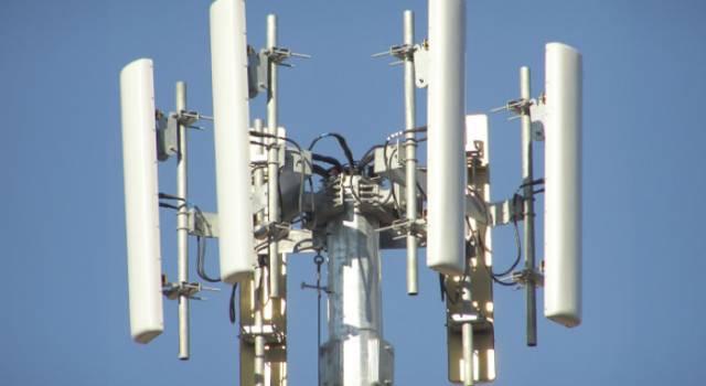 """Repubblica Viareggina in piazza: """"No all'antenna"""""""