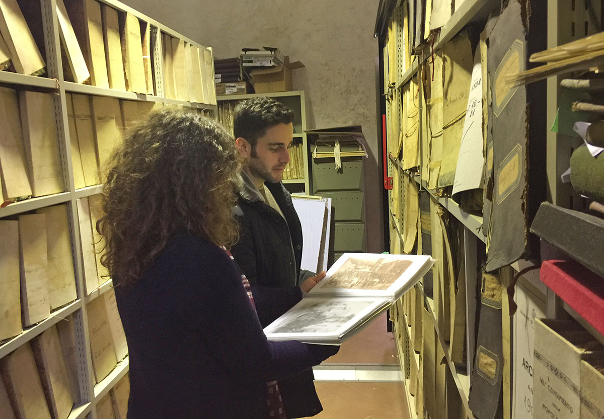 Memoria storica e nuove tecnologie, digitalizzazione delle immagini e dei documenti degli archivi comunali