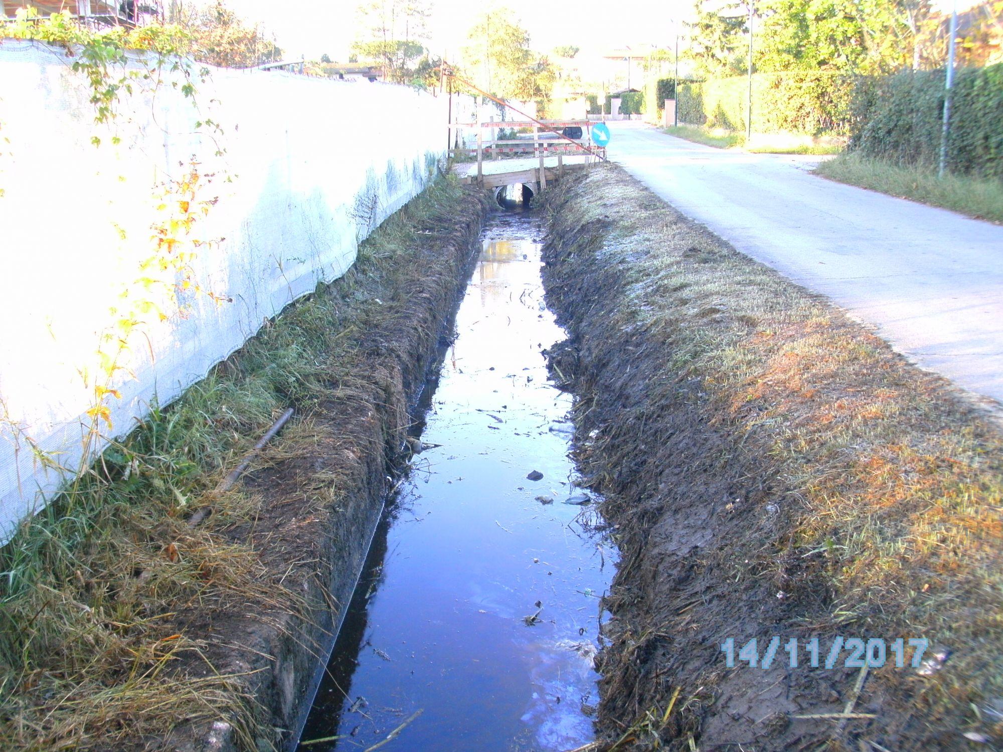 Avviata la pulizia dei fossi comunali
