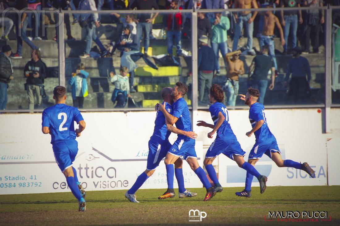 Al Viareggio il derby con la Massese; vince anche il Real Forte Querceta