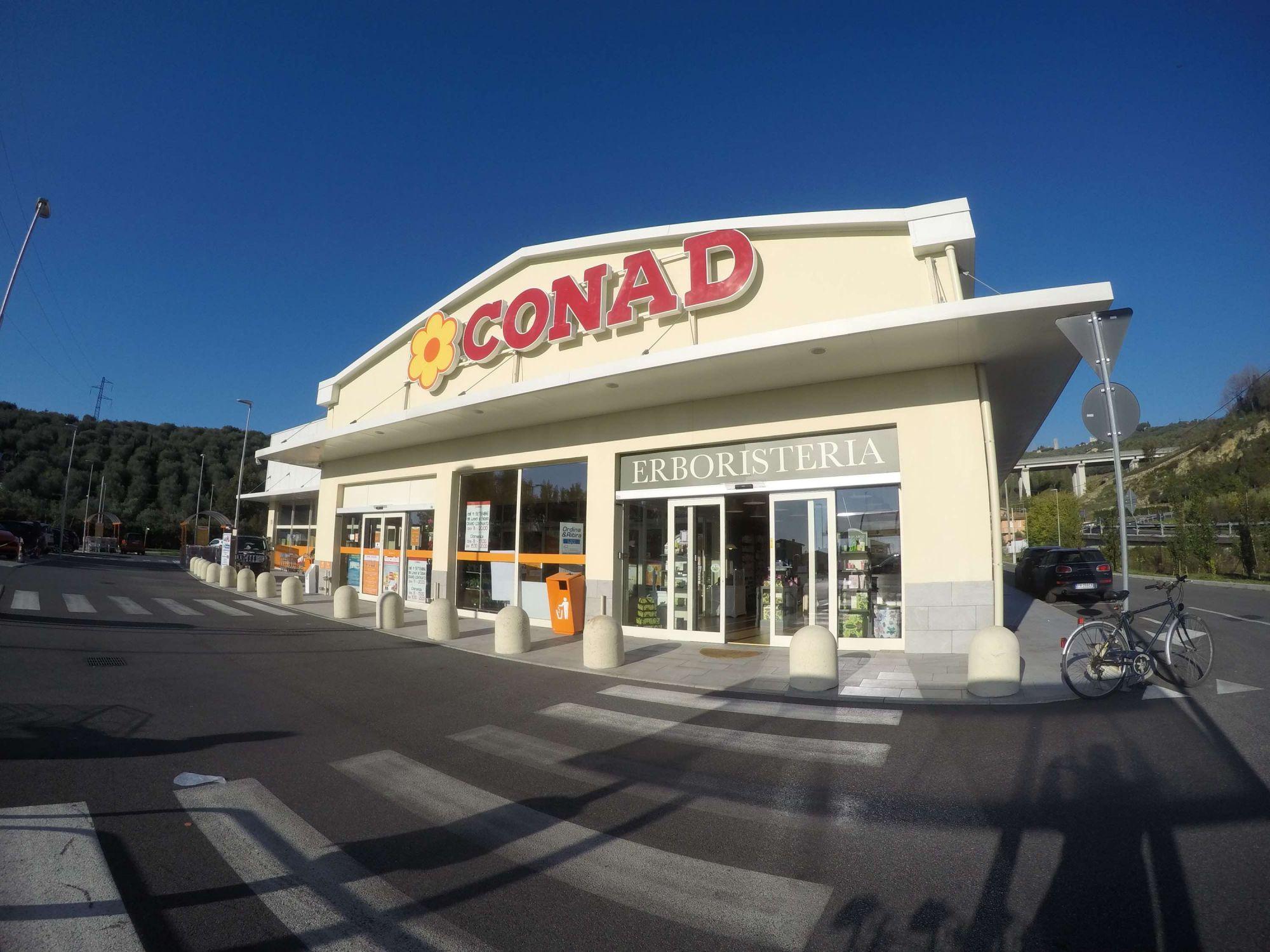 "Massarosa, è guerra tra supermercati: ""Il sindaco ci ha lasciati soli"""