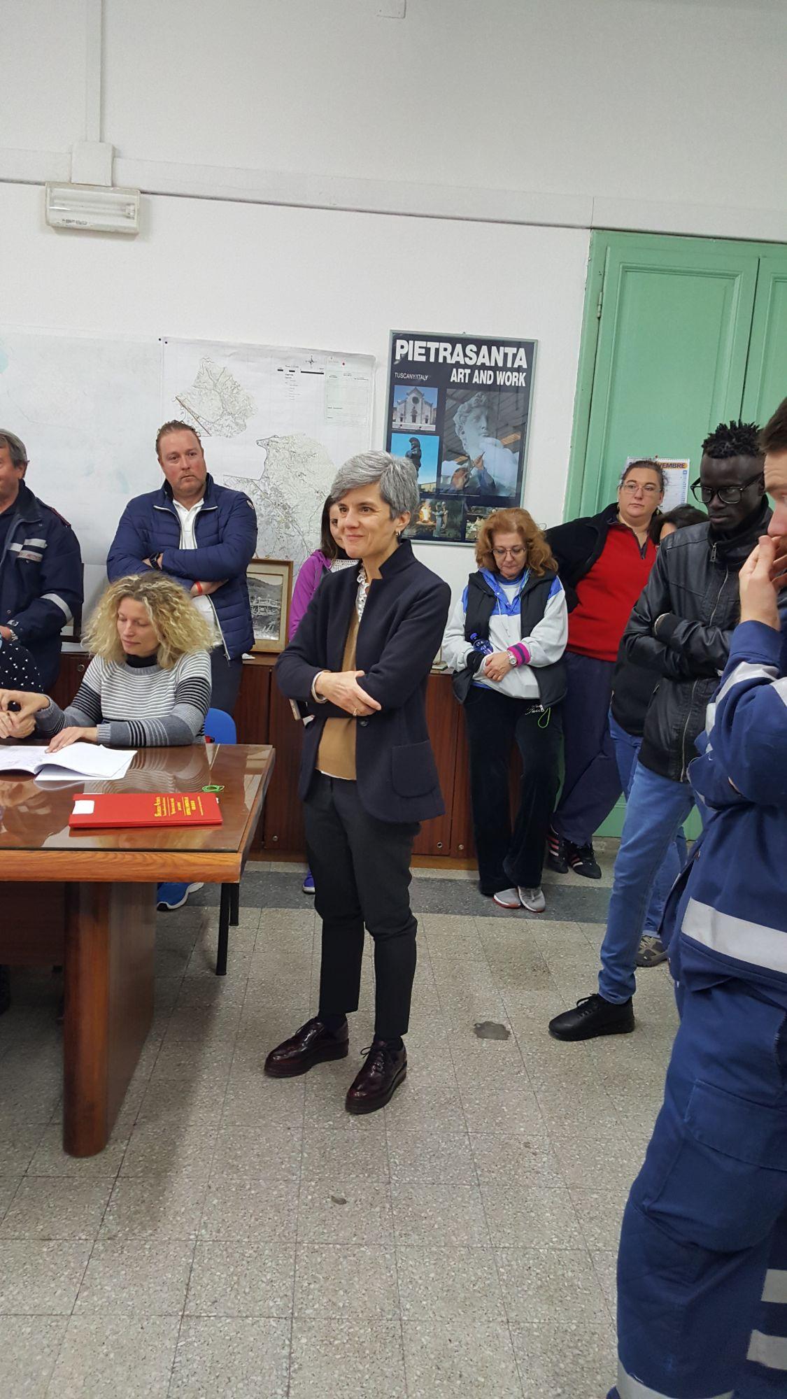 Esercitazione della Protezione Civile per le strade di Pietrasanta