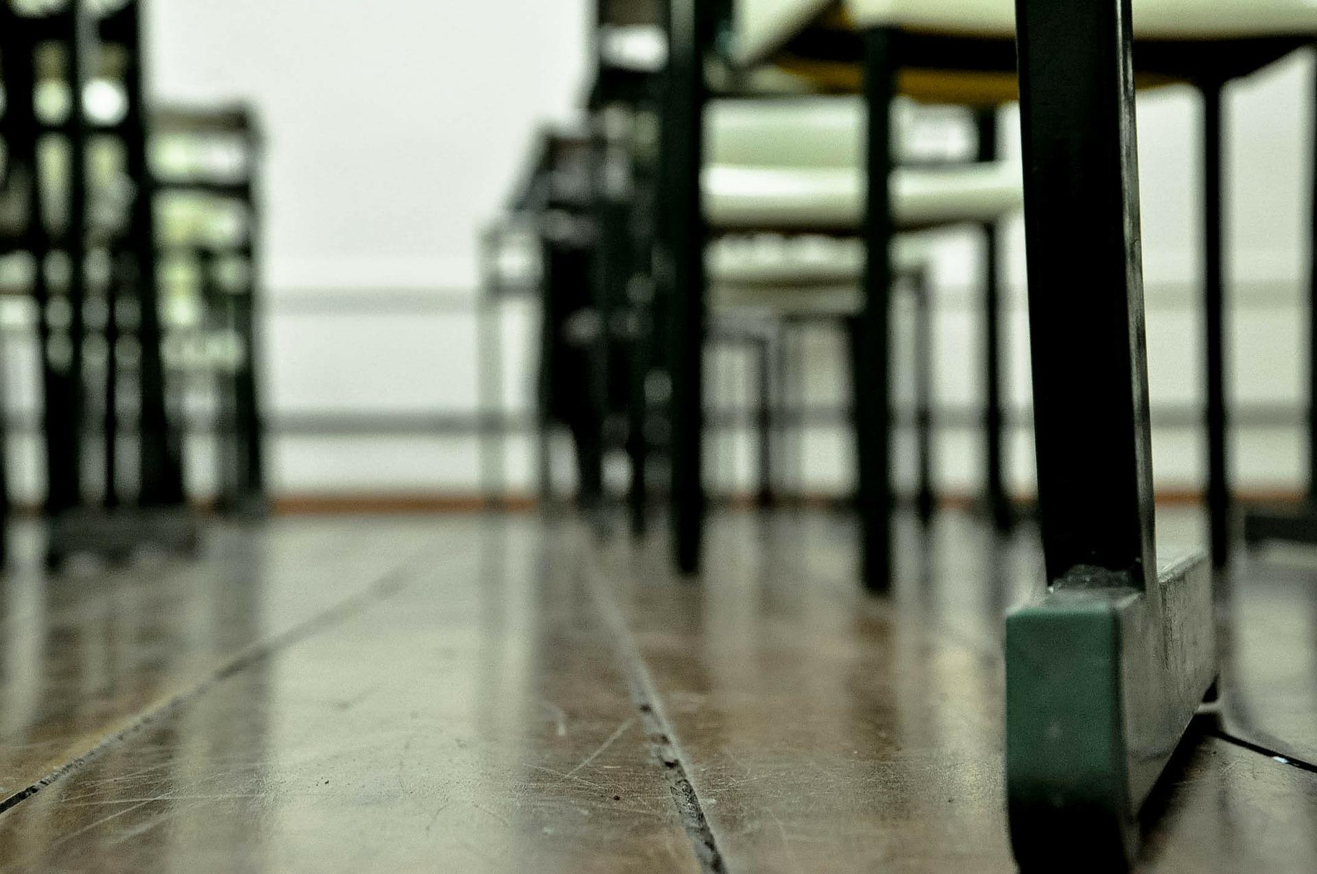 Incontro per la chiusura della scuola primaria di Piano del Quercione