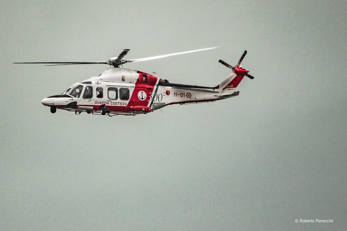 Guasto ad un ultraleggero: soccorso in mare della Guardia Costiera nel golfo di Follonica
