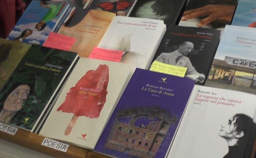 Le poesie di Keaton Henson per la prima volta in Italia grazie alla Giovane Holden Edizione
