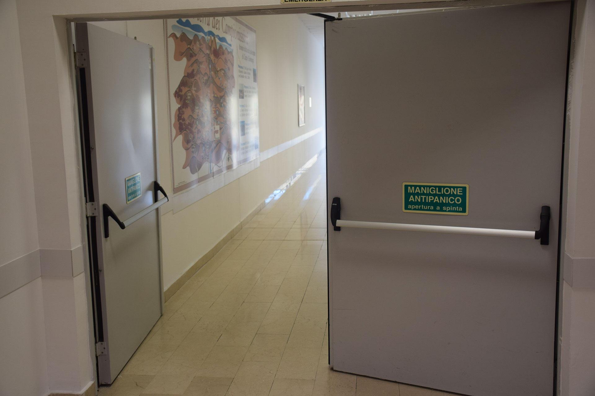 Corso per l'abilitazione all'installazione e manutenzione di porte antipanico