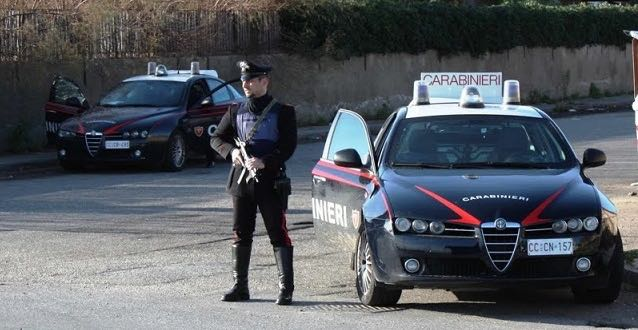 Arresti domiciliari per il truffatore seriale dello specchietto