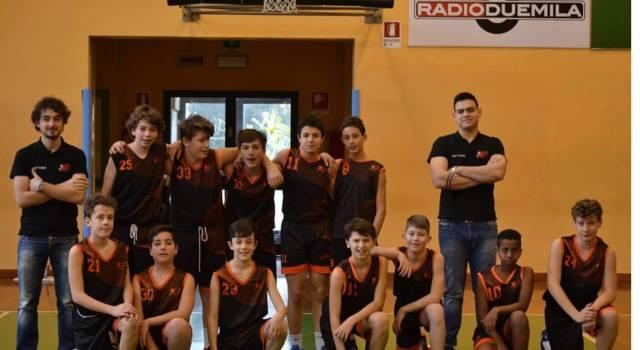 La squadra Under 14 del Versilia Basket in testa al campionato
