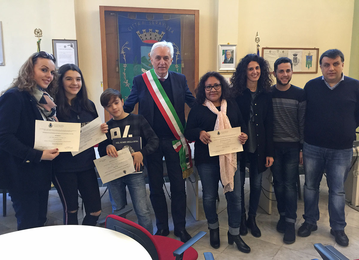Seravezza e le sue comunità danno il benvenuto a ventitré nuovi cittadini italiani