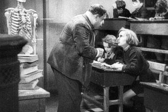 Zero_in_condotta_(film_1933)