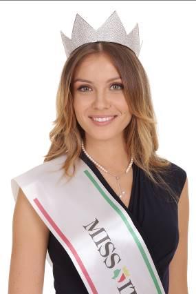 Carnevale di Viareggio 2018, al terzo corso è l'ora di Miss Italia
