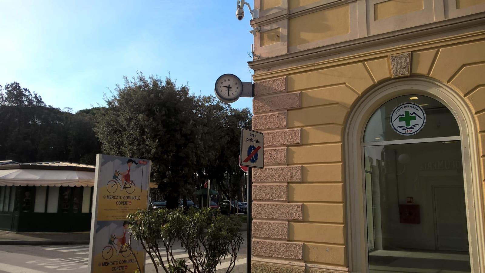 Tornato a funzionare l'orologio di Palazzo Quartieri