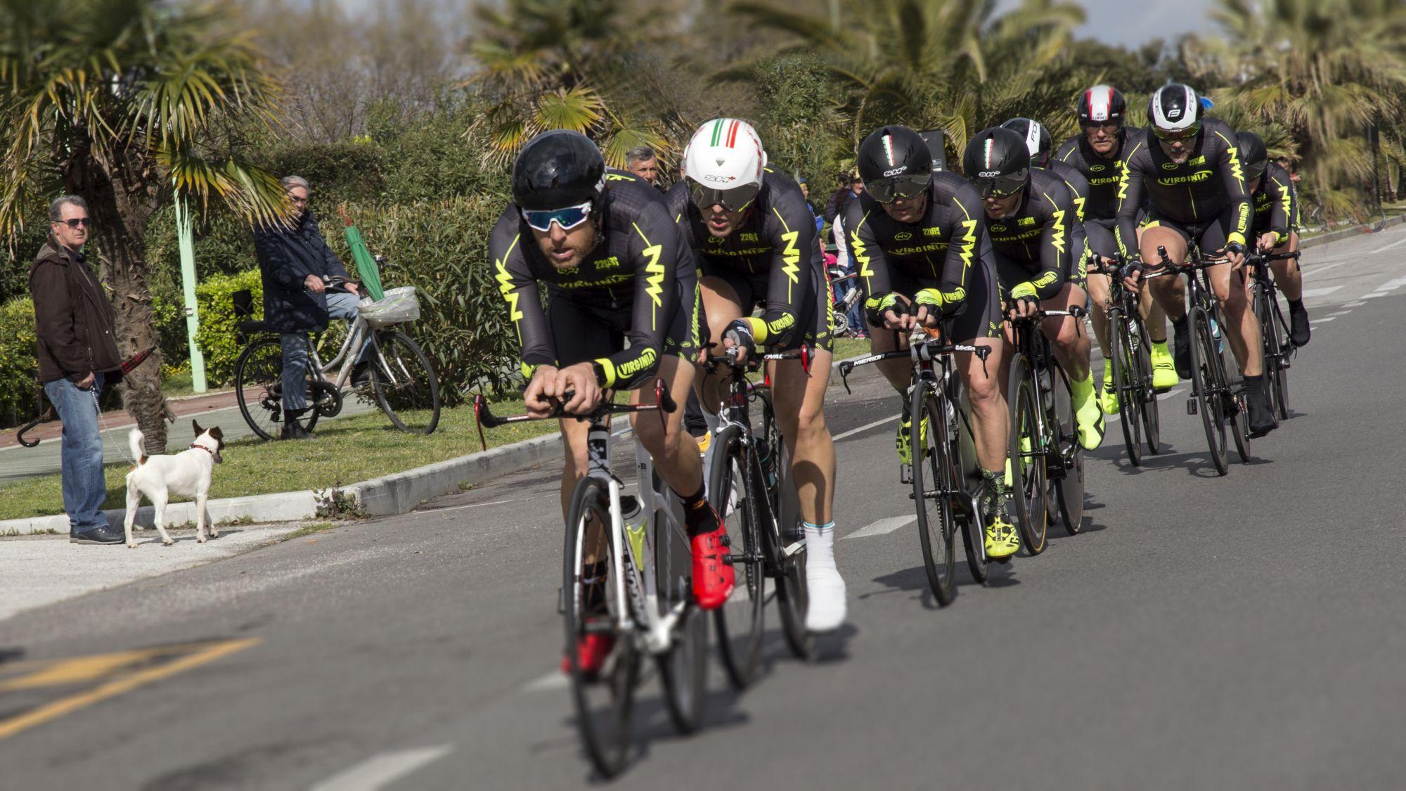 """Ciclismo, al via l'11° Cronosquadre della Versilia """"Michele Bartoli"""""""