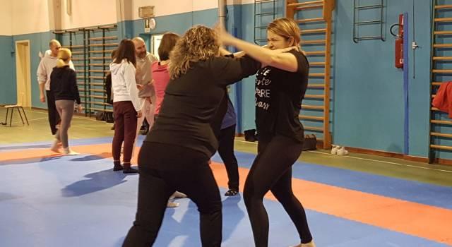 Proseguono i corsi di autodifesa per le donne