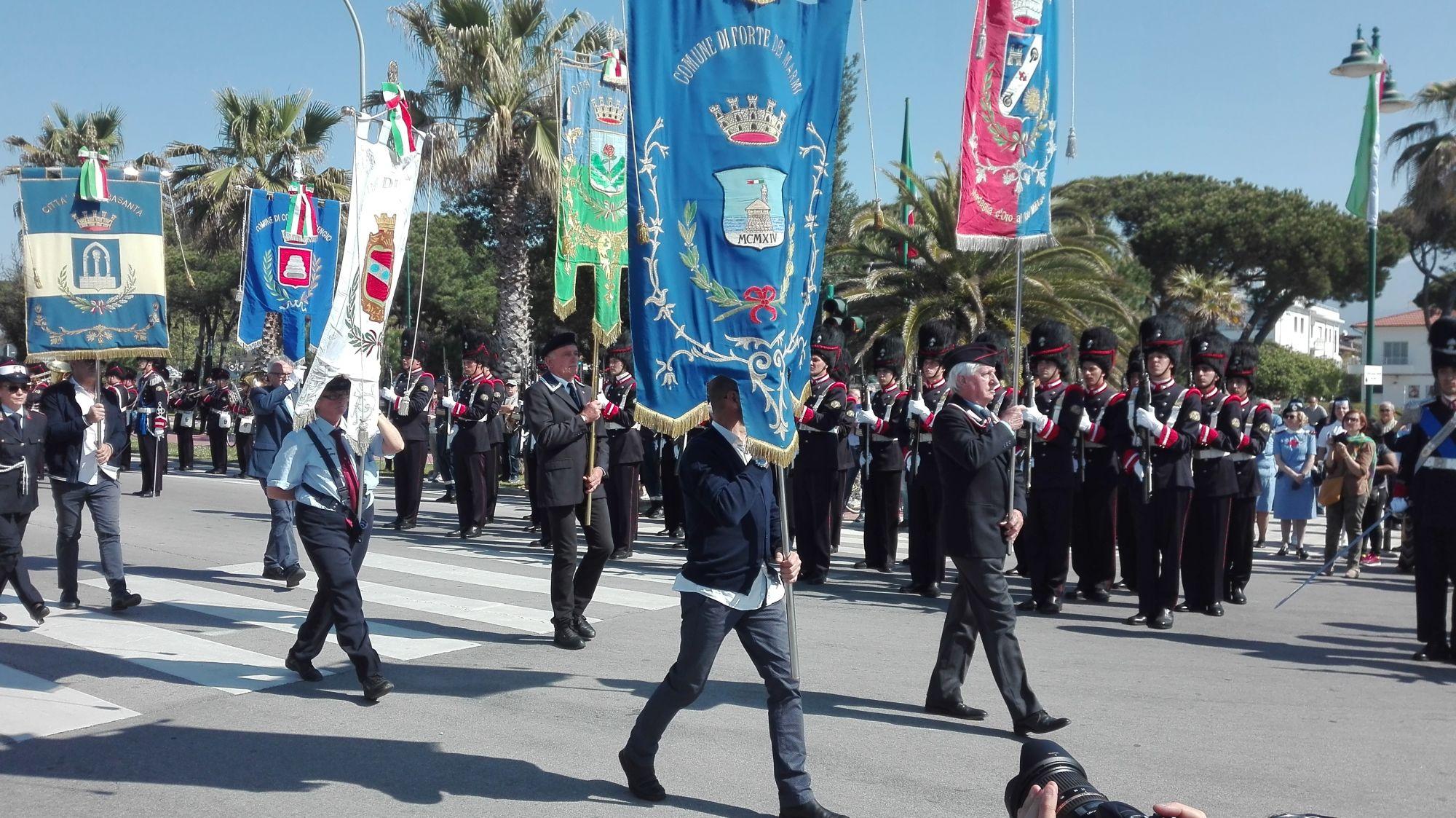 Successo per il 33° Raduno Nazionale Granatieri di Sardegna a Forte dei Marmi