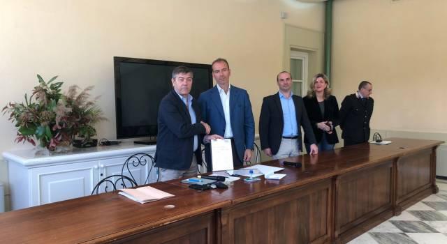 Lotta alla contraffazione, siglato l'accordo tra Forte dei Marmi e l'Istituto di CentroMarca
