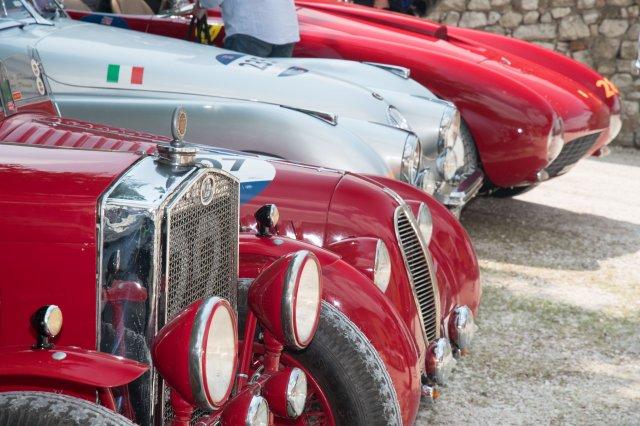 Arriva la Mille Miglia, 600 auto a Pietrasanta
