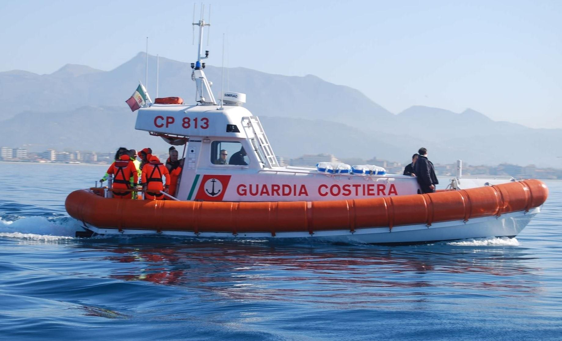 Malore a bordo, soccorso in mare