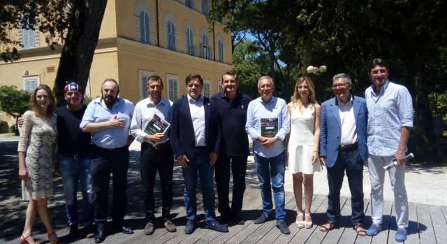 Da Maraini a Sgarbi, grandi ospiti al Caffè della Versiliana