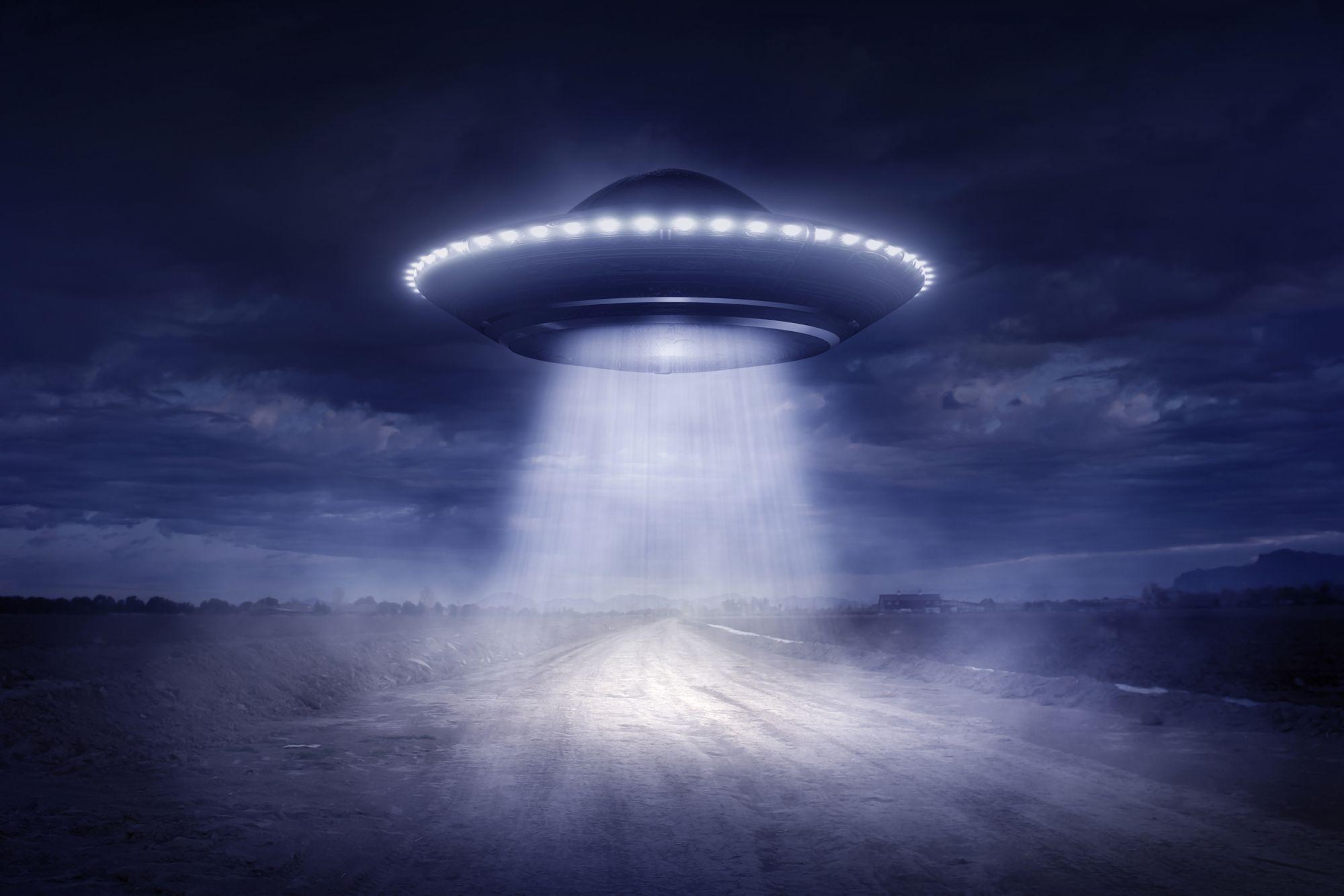 Ufo in Versilia, nuovo avvistamento: l'oggetto misterioso era nei cieli tra Pietrasanta e Camaiore