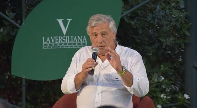 Tajani in Versiliana parla di migranti, di Europa e… di Salvini