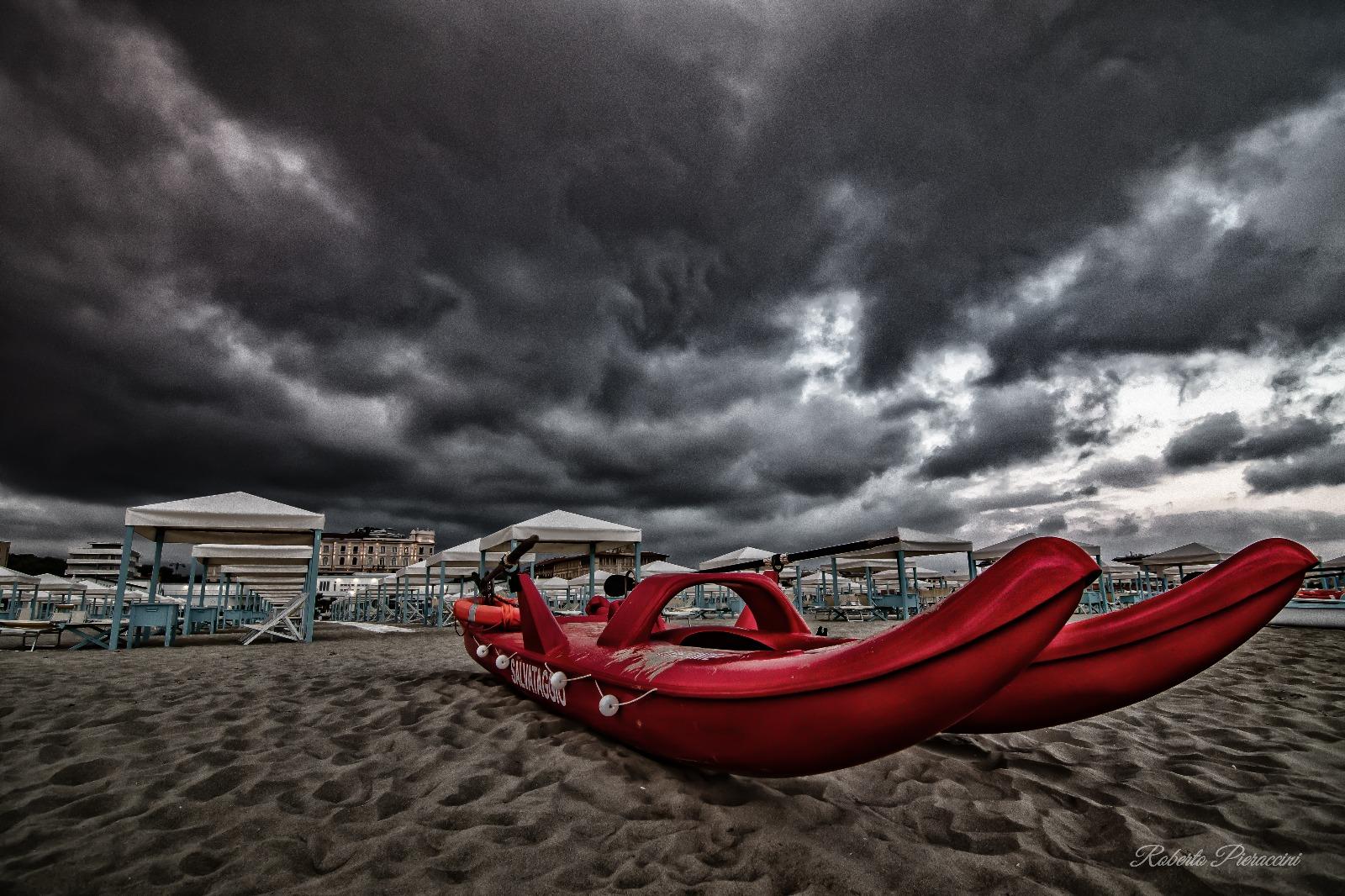 Maltempo, scatta l'allerta sulla costa per temporali