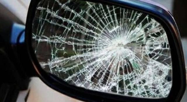A Lucca torna il truffatore dello specchietto, vittima un anziano di 80 anni