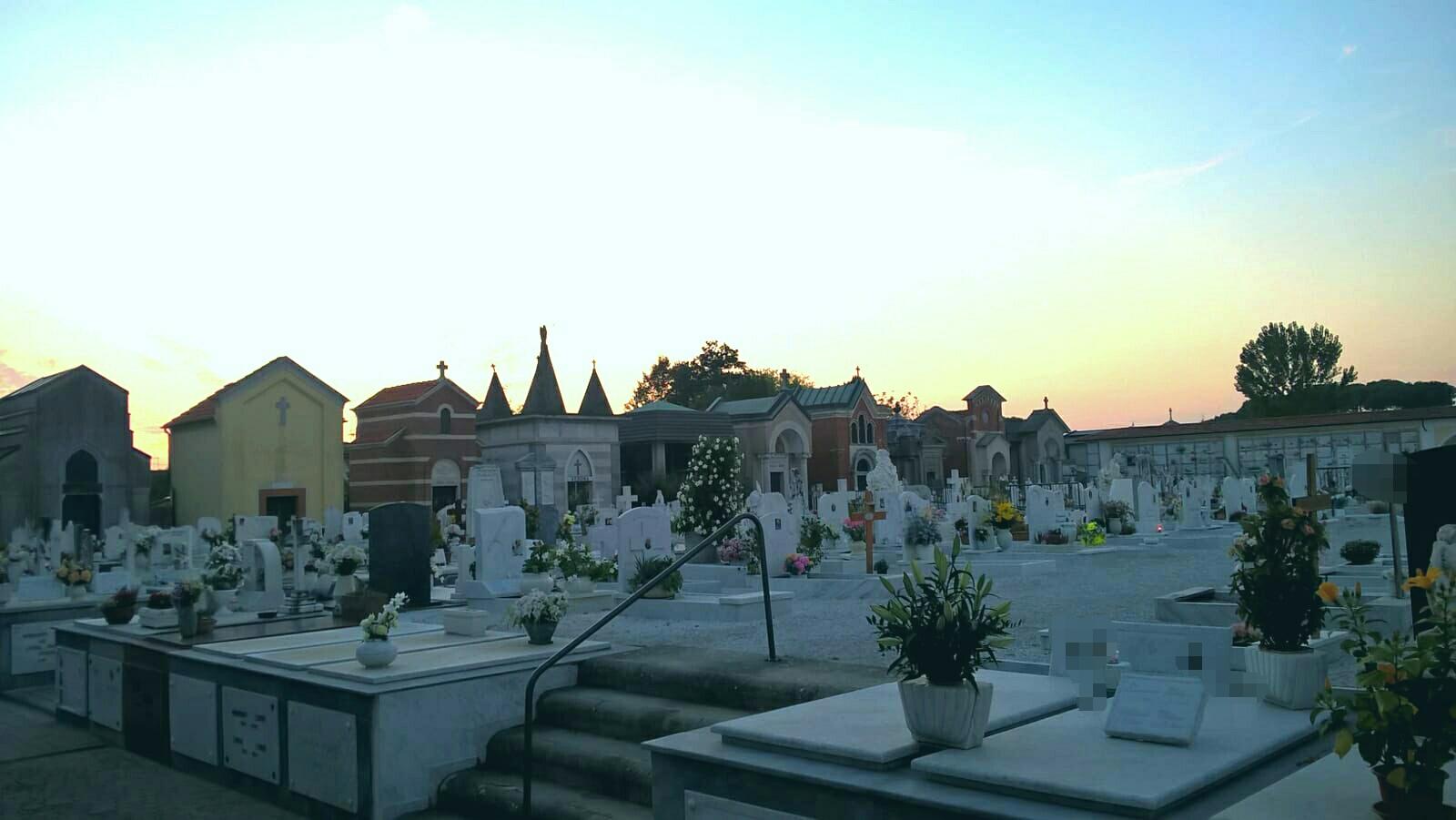 Commemorazione defunti, apertura provvisoria della strada di collegamento tra il Cimitero Comunale e Parcheggio Vanzetti