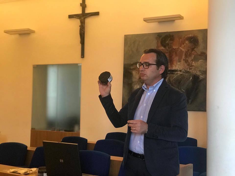 Asfalto fonoassorbente. Il sindaco di Calenzano in visita a Massarosa per il progetto Nereide