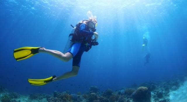 Malore durante una immersione, muore sub di 63 anni