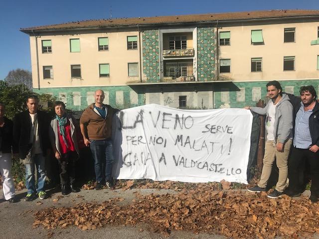 """""""Laveno serve per noi malati, Gaia a Valdicastello"""", manifestazione del gruppo utenti CSM e Associazione familiari salute mentale Versilia"""