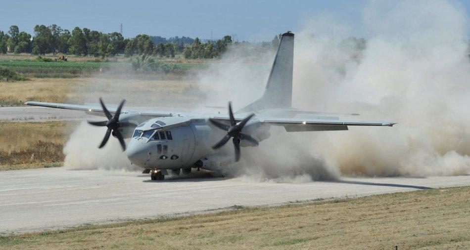 Volo della speranza per due bimbe, trasportate con un aereo militare in Sicilia