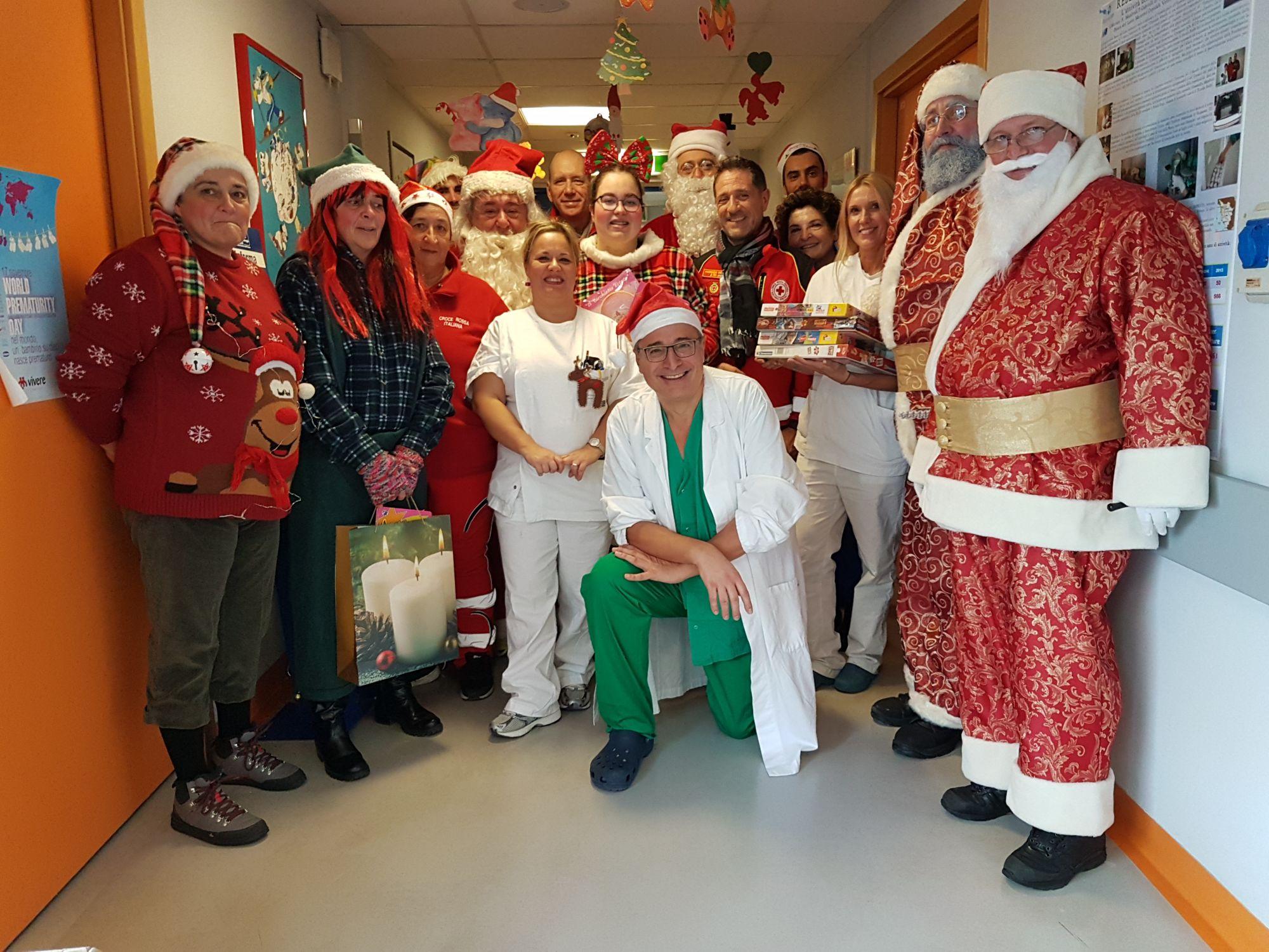 I Babbi Natale targati Croce Rossa in visita a Pediatria